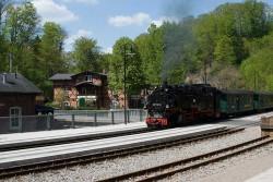 Weißeritztalbahn am Bahnhof Rabenau