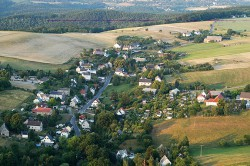 Luftaufnahme des Ortsteil Obernaundorf