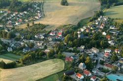 Luftaufnahme des Ortsteil Oelsa