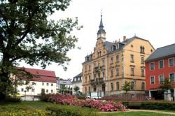 Blick über den Untermarkt zum Rathaus von Rabenau